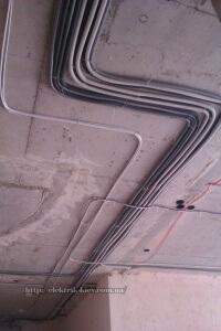 Укладка проводов под гипсокртоном